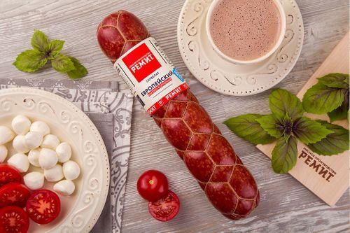 Колбаса варено-копченая Сервелат Европейский Ремит