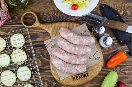 Колбаски С курицей для жарки и гриля (лоток) Ремит